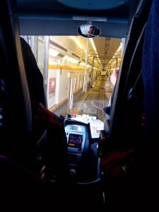 Tatko to vypadá, když když vjíždíte do vlaku :-). Jinak musím říct, že jízda tunelem nic moc...